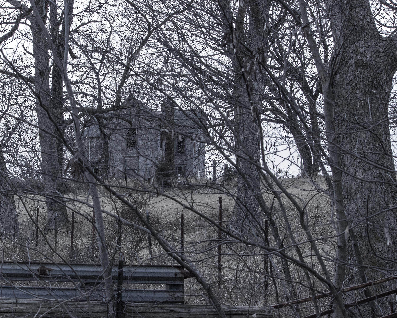 Abandoned House b&w