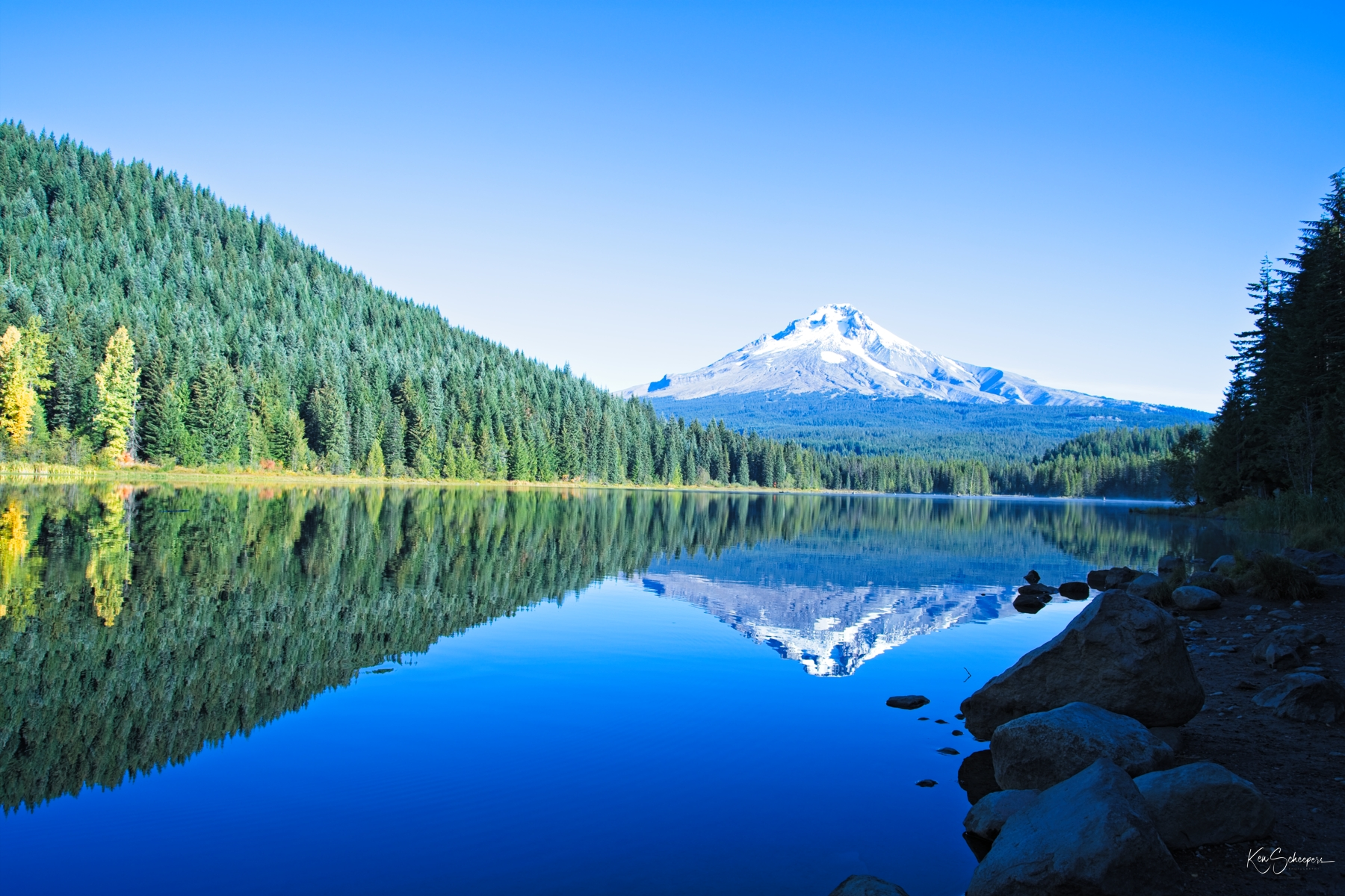 Trillium Lake, Oregon with Mt. Hood