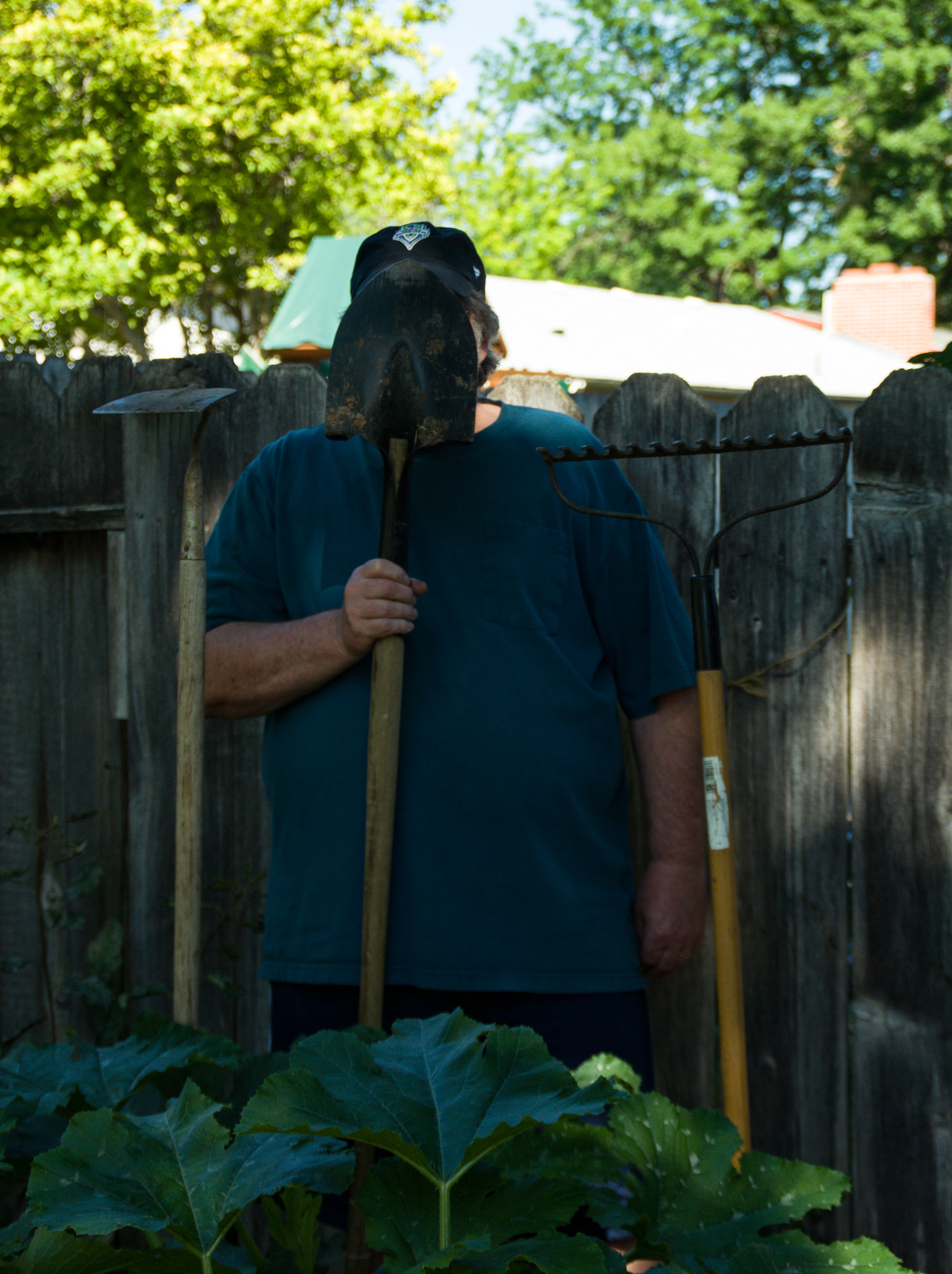 Faceless Gardener